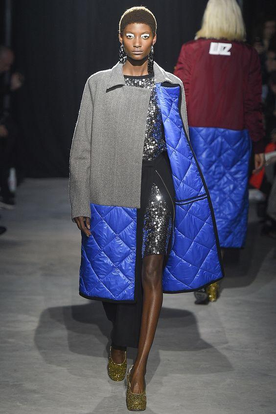 Abrigo acolchado de moda