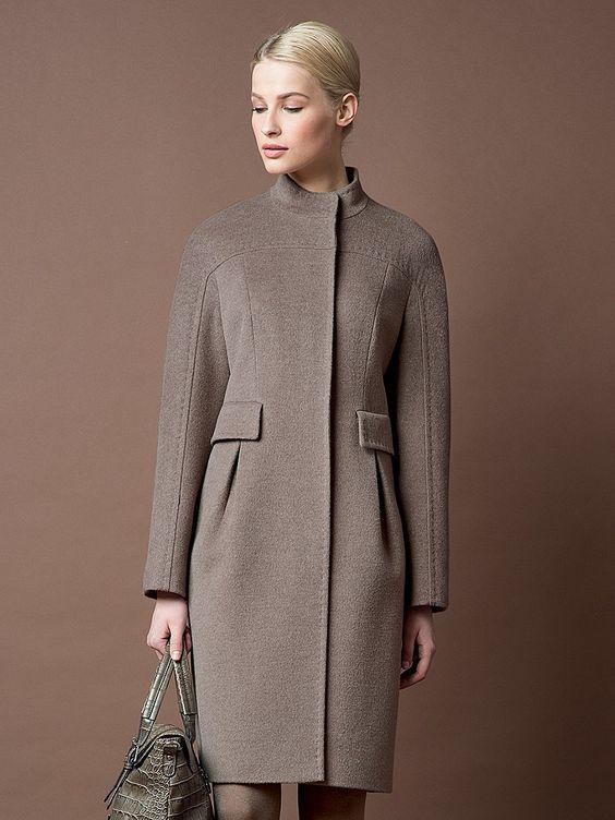 Abrigo ajustado clásico