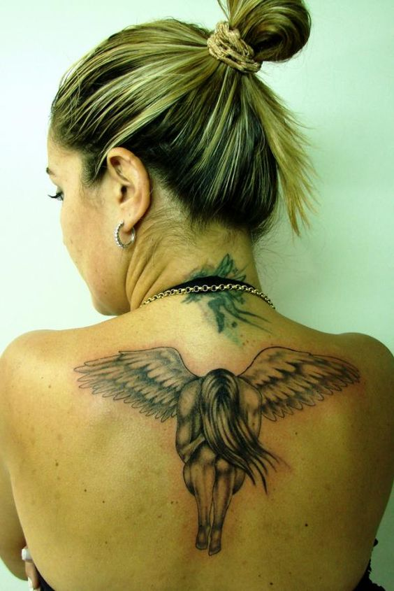 Tätowierung gefallener Engel