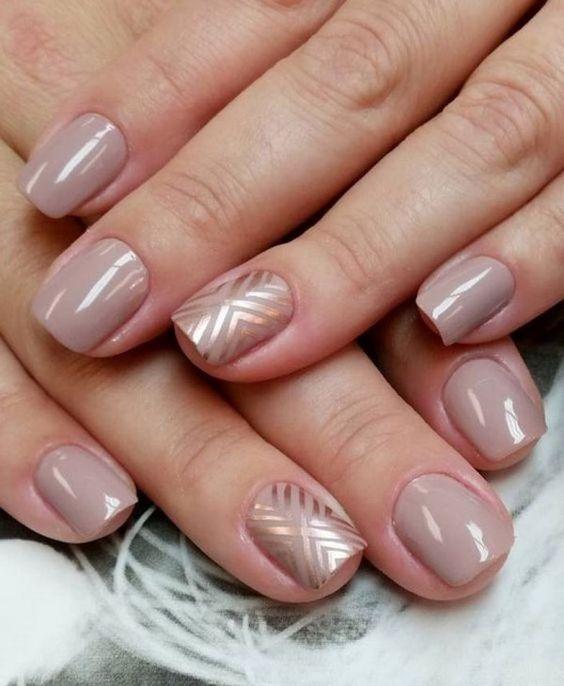 Manicure warna badan
