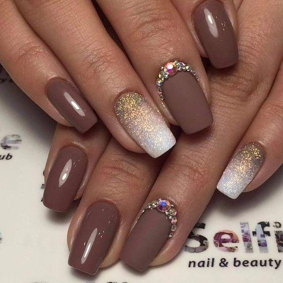 Manicure Glitter Bogel