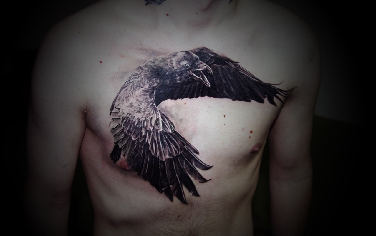 černé raven tetování