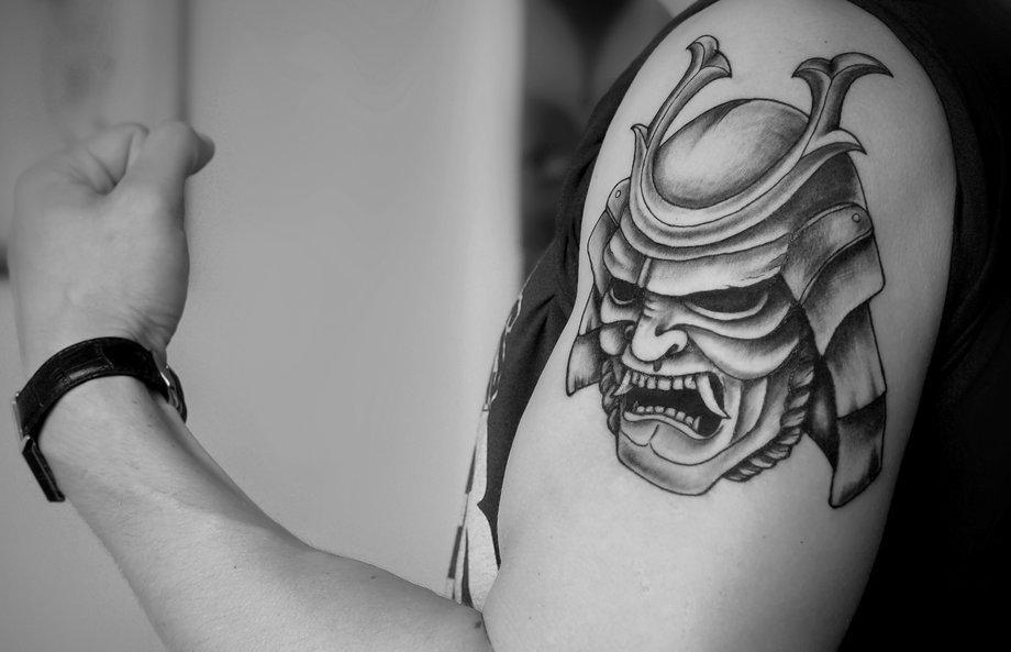 Tattoo Mask: 100+ pinakamahusay na thumbnail ng larawan