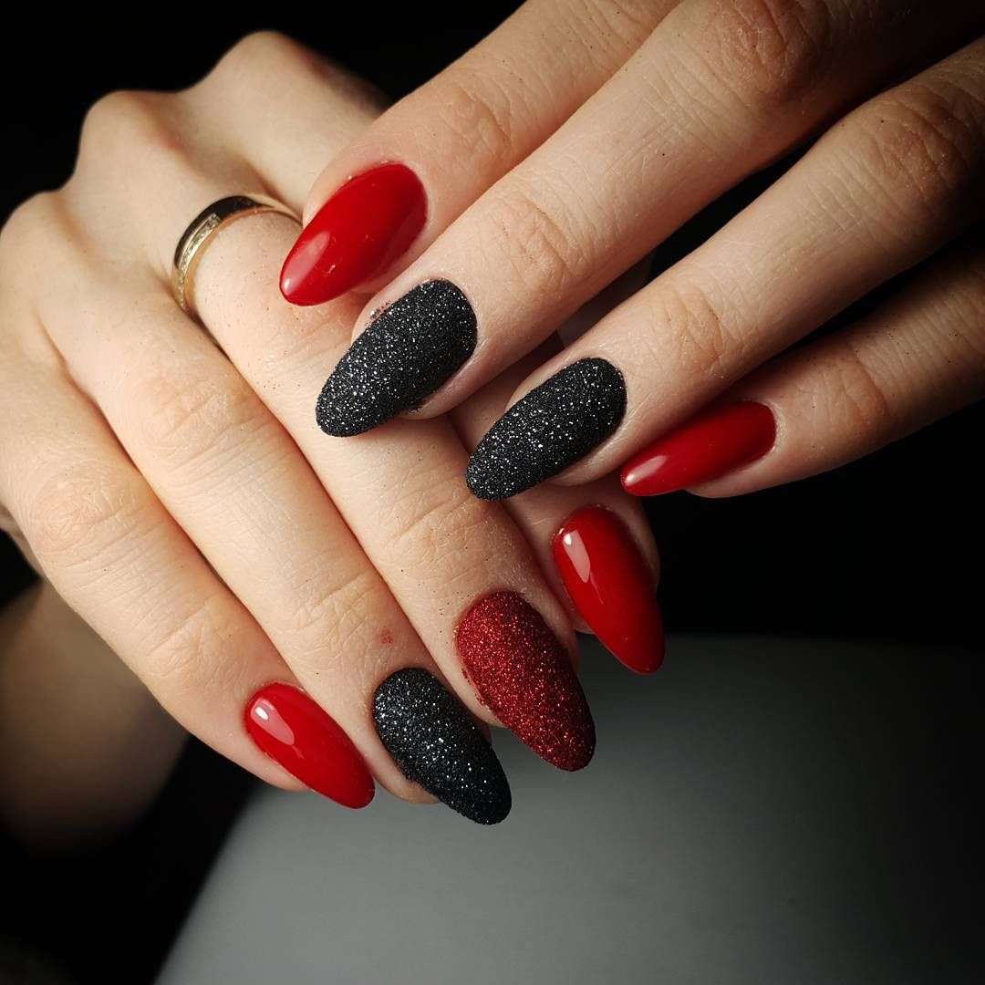 Paznokcie czarno czerwone wzory